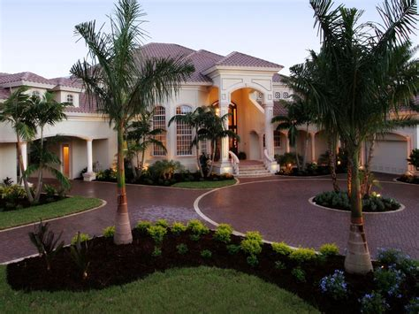 luxury house front design images about house design with luxury front yard pictures savwi com