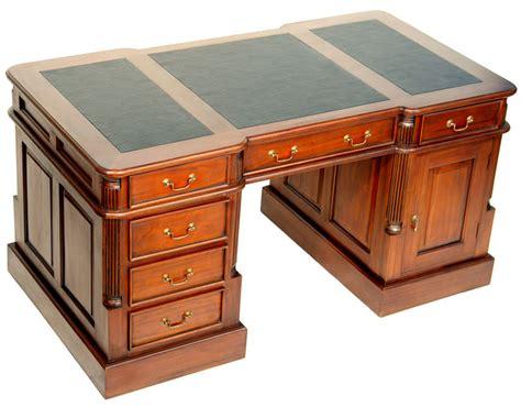 bureau style anglais bureau de style anglais 140 cm en acajou avec sous