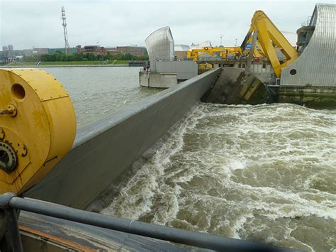 Thames Barrier In Operation | thames barrier in operation flickr photo sharing
