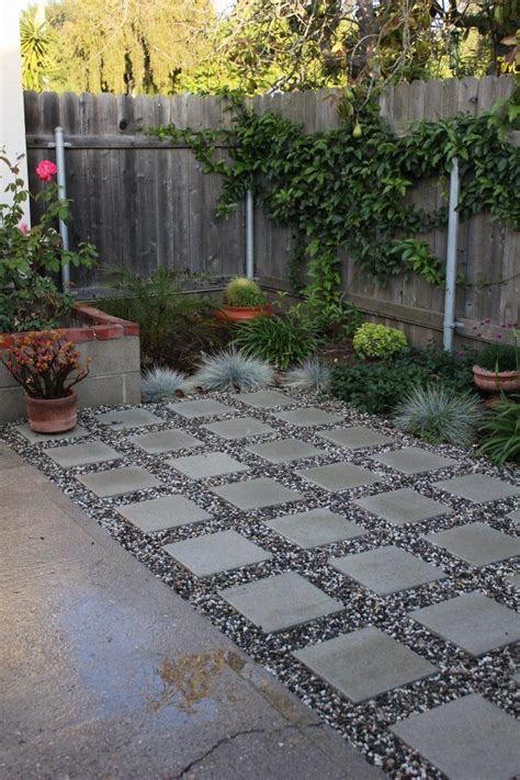 Diy Patio With Pavers Square Concrete Pavers Diy Patio Gardening