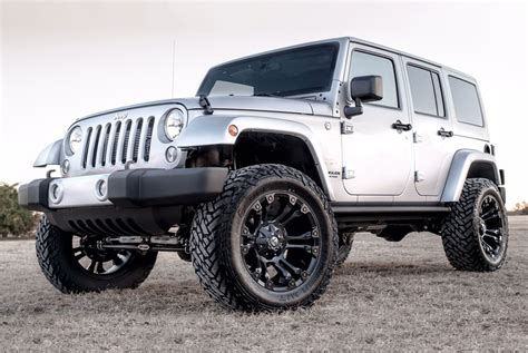 jeep white matte fuel 174 vapor wheels matte black rims