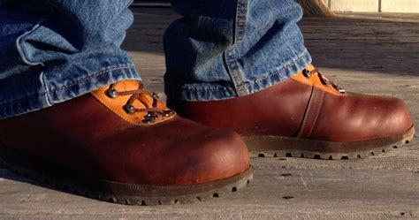 Handmade Walking Boots - custom made hiking boots leahy custom hiking boots