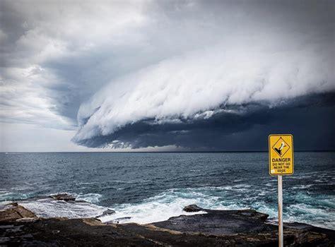 Shelf Cloud Sydney by Breathtaking Cloud Tsunami Rolls Sydney Bored Panda