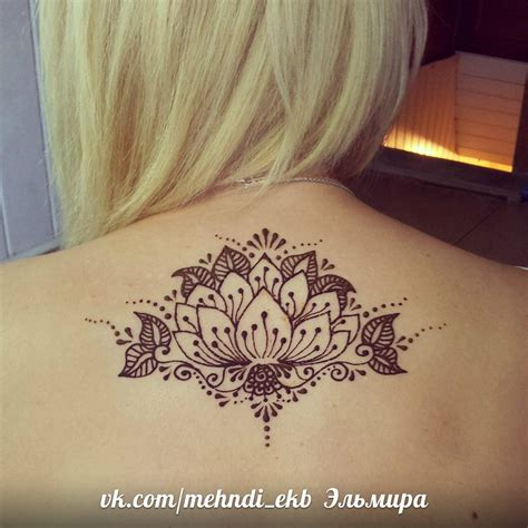 simple henna tattoo on back 1000 ideas about henna back tattoos on henna