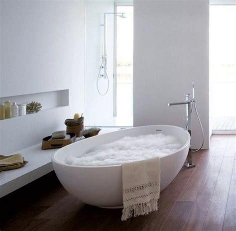 schiuma vasca da bagno la vasca da bagno ovale le migliori idee per il tuo