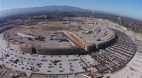 sede principale apple cus 2 drone footage shows size and scale of apple s