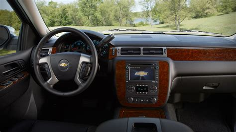 Suburban Interior by Automotivetimes 2014 Chevrolet Suburban Review