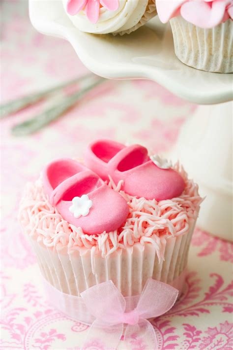 cute themes for a girl baby shower baby shower cakes gallery pink frosting parties team