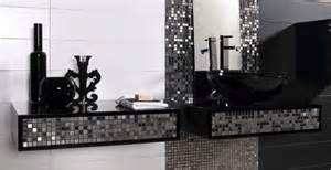 Silver tile bathroom thelennoxx