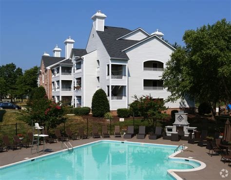 two bedroom apartments in alexandria va sussex at kingstowne rentals alexandria va apartments com