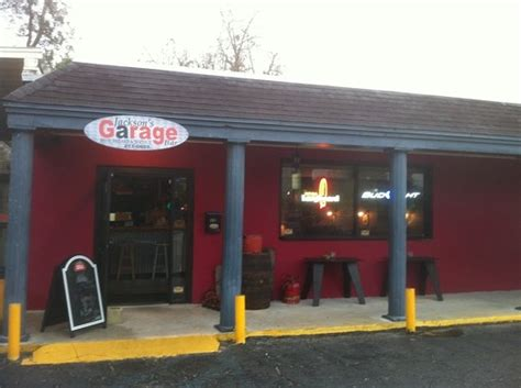 Garage Bar Moorhead Mn by Garage Pub