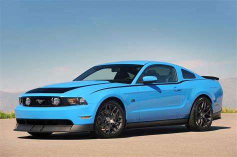 blue mustang photo gallery ford mustang rtr in grabber blue mustang