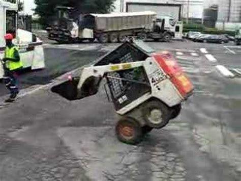 bobcat 463 stunts ボブキャット wmv doovi