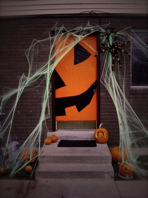 printable halloween door decorations 10 fall door decor ideas