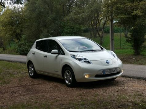 problems with nissan leaf nissan investigates starting problems with leaf evs