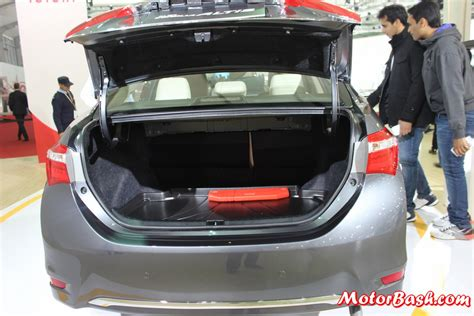 Toyota Corolla 2014 Trunk Space Toyota Corolla Boot Space