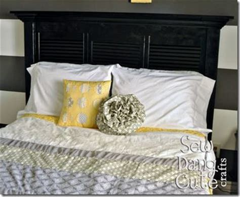 Closet Door Headboard by Diy Headboards Closet Doors And The Black On