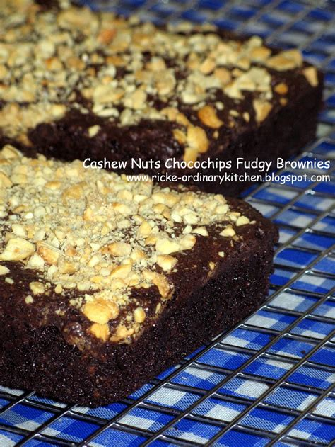 Brownies Chocochips just my ordinary kitchen cashew nuts chocochips fudgy