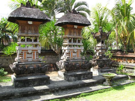 Wijaya House Bali Indonesia Asia tropical homes designs studio design gallery best