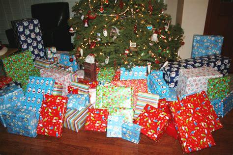 images of christmas morning december 2010 slightly off balance