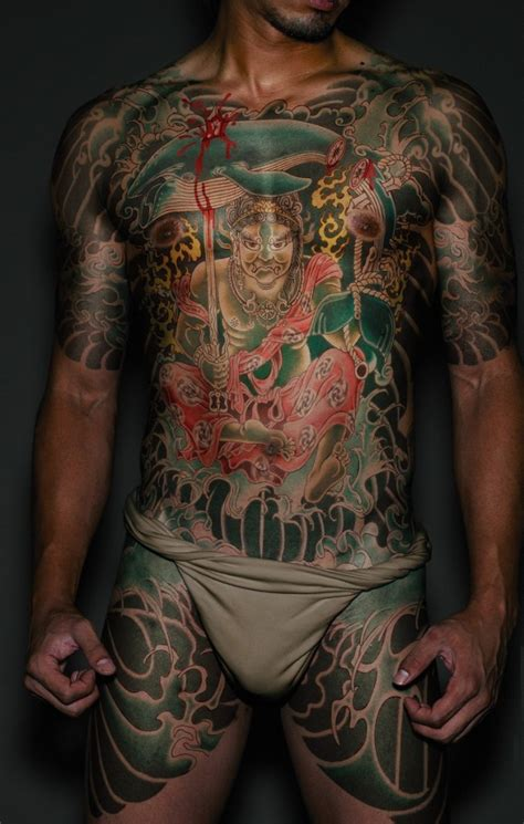japanese yakuza tattoo gallery yakuza tattoos designs ideas and meaning tattoos for you