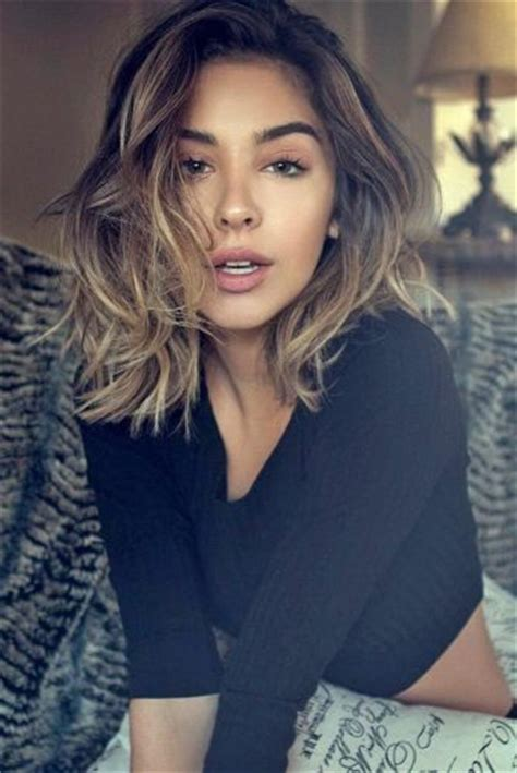 medium length hairstyles with side part hairstyle wavy medium length haircut with side part koees answer