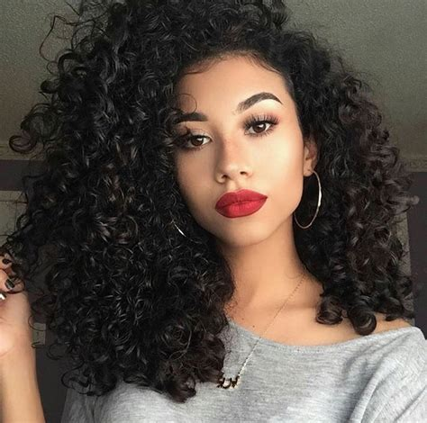 natural hairstyles big curls pinterest queenxoamaya curly hair don t care