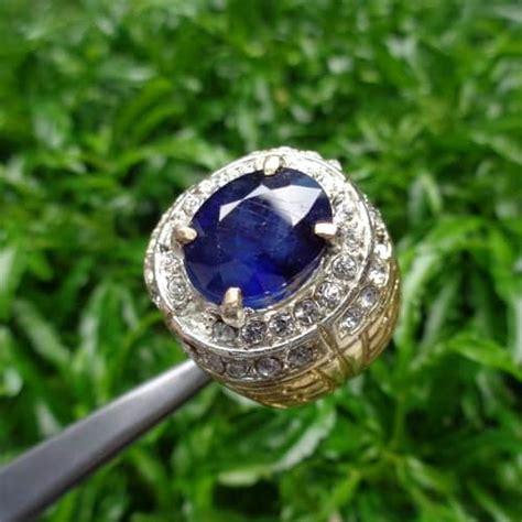 Mustika Safir Hitam Asli Kode 4102 batu blue safir asli sertifikat dan khasiatnya pusaka dunia