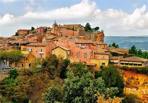 5 small villages to visit in provence