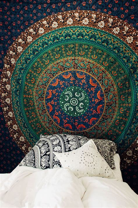 Small Bedroom Tapestry The 25 Best Tapestry Bedroom Boho Ideas On
