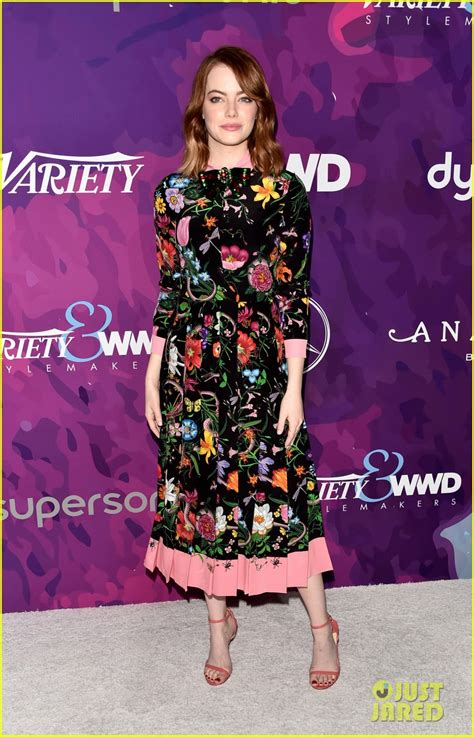 Stakes Claim In The Fashion Industry by Peyton List Stakes A Claim As 2017 S Fashion To