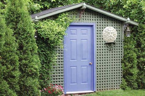 Lattice Around Shed by 10 Garden Shed Ideas For A Well Maintained Garden Garden Club