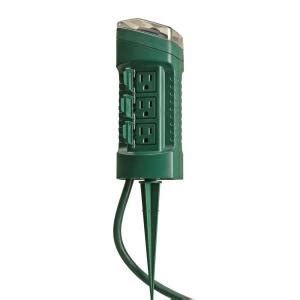 Light Timer Home Depot by Woods Outdoor 6 Outlet Yard Stake With Photocell Light Sensor Timer And 6 Ft Cord Green 13547