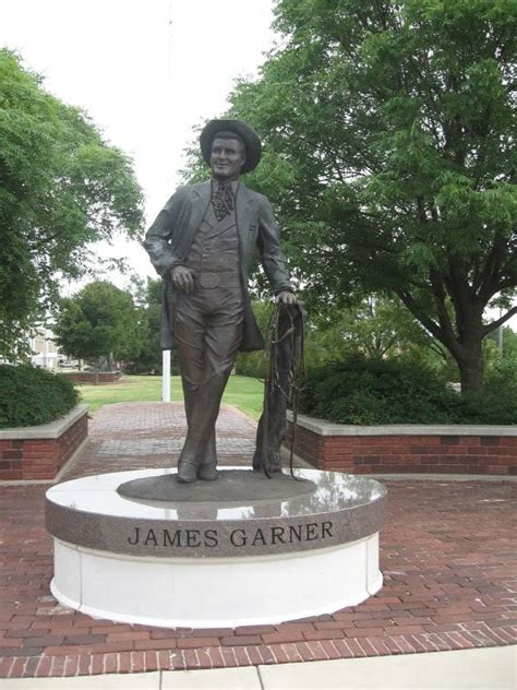 norman lear statue panoramio photo of james garner statue