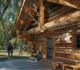 log home living s 10 favorite small log cabins