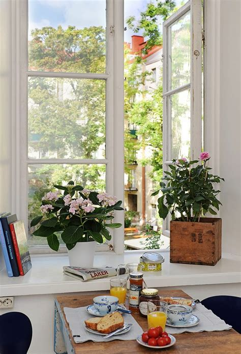 fensterbrett deko fensterbank deko die farben der natur durch pflanzen
