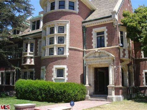 3 story house for sale american horror story house in hancock park for sale