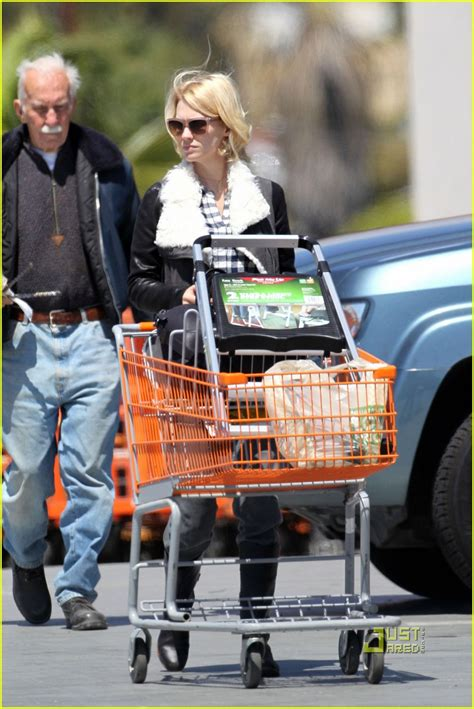 run home depot january jones home depot run photo 2534520 january jones pictures just jared