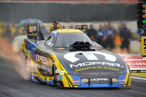 Dodge Racing Cars by Dodge Sponsors Nhra Mello Yello Drag Racing At Maple Grove