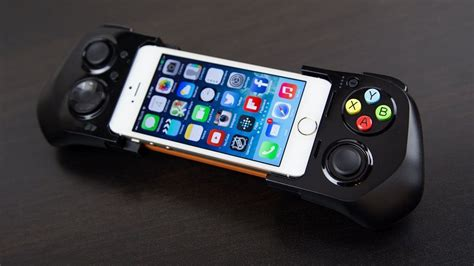 iphone controller moga ace power controller for iphone 187 gadget flow