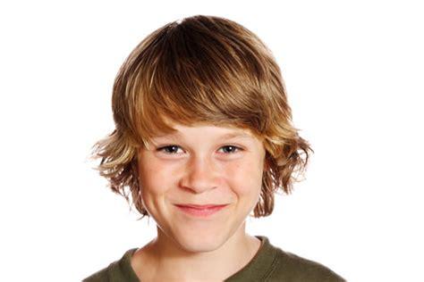 little boy earlobe length hair 3 polodlouh 233 chlapeck 233 250 česy pro vaše syny loshairos com