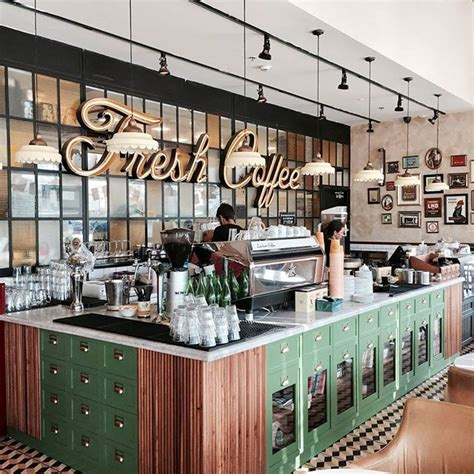 cafe clover interior design 25 best ideas about cafe interior design on pinterest