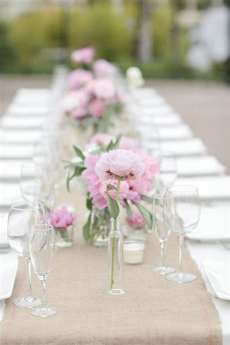 25  best ideas about Burlap table settings on Pinterest