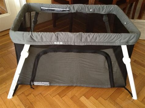 Amazon Com Lotus Travel Crib And Portable Baby Playard Lotus Travel Crib And Portable Baby Playard