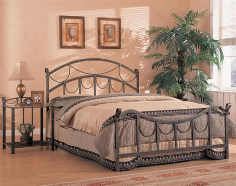 Iron Headboards King White Metal Headboard Gallery Of Vintage Iron Headboard Bed Designs Also