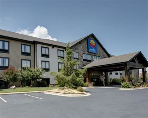 comfort inn and suites blue ridge ga comfort inn suites blue ridge