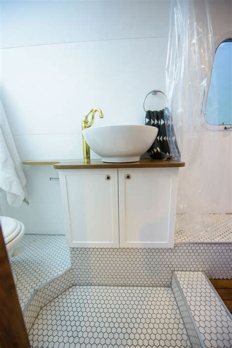airstream bathroom renovation best 25 airstream bathroom ideas on pinterest cer vintage airstream and cer