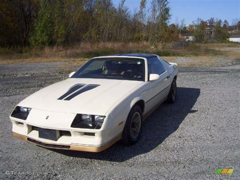 camaro 1984 z28 1984 beige chevrolet camaro z28 55487777 photo 4