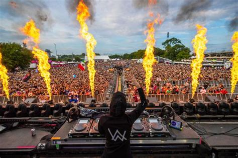 review alan walker spectacular  electric zoo