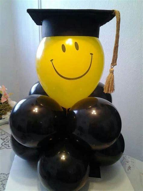 arreglos en bombas para grados figuras en globos para fiesta de grado